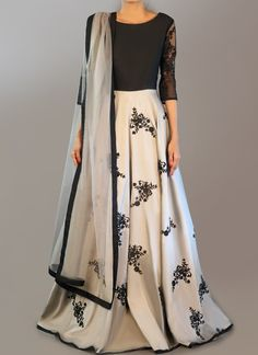 Light Grey and Black Embroidered Anarkali is on taffeta silk fabric and features a santoon inner and bottom alongside a net dupatta and lace arms. Embroidery work is completed with thread and lace embellishments. Indian Gowns, Indian Attire, Pakistani Dresses, Indian Wear, Indian Outfits, Indian Clothes, Western Outfits, Saris, Shrug For Dresses