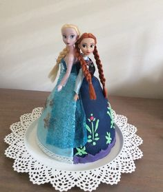 Elsa & Anna Dolly Varden cake