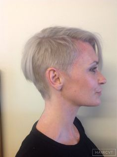 Women Short Crop Pixie Disconnected Hairstyle Women Short - Undercut hairstyle london