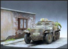Tamiya kit on Monroe Perdu base Tamiya, Scale Models, Military Vehicles, Studios, German, Base, Kit, Travel, Dioramas