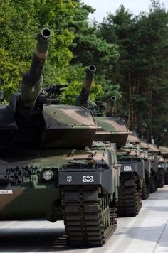 Leopard 2A5 tanks are delivered to Poland