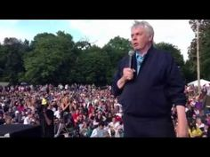 DAVID ICKE ADDRESSES THOUSANDS AT 2013 BILDERBERG PROTEST. Consider these words of wisdom well worth heeding.