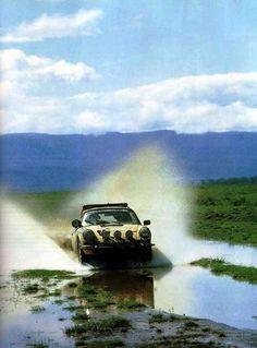 Safari Rally 1974  911 Carrera RS  Waldegaard-Thorszelius