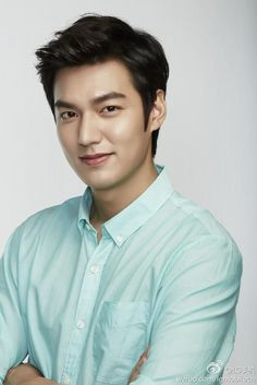 This is what perfection looks like😍😍 Lee Min Ho❤❤ New Actors, Actors & Actresses, Korean Celebrities, Korean Actors, Asian Actors, Lee Min Ho Smile, Belle Tof, Lee Min Ho Photos, Lee Min Ho Pictures