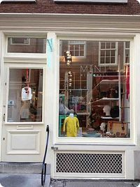 Mint Mini Mall - one of the many fab kids stores in the De 9 Straatjes area