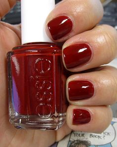 Red is always in season, always chic... #nails