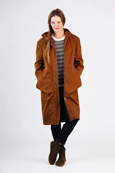Buy the Amy Parka sewing pattern from Schnittchen Patterns, a fully lined, relaxed fit coat featuring dropped shoulders and a hood. Coat Pattern Sewing, Coat Patterns, Jacket Pattern, Clothing Patterns, Sewing Patterns, Oversize Mantel, Oversized Coat, Parker Mantel, Parker Coat