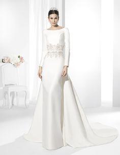 Franc Sarabia 2015 Wedding Dresses - World of Bridal Princess Wedding Dresses, Modest Wedding Dresses, Elegant Wedding Dress, Perfect Wedding Dress, Bridal Dresses, Wedding Gowns, Bridesmaid Dresses, Event Dresses, The Dress