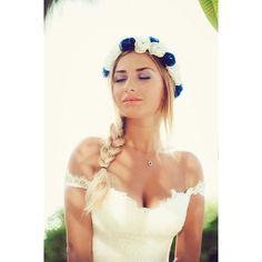 Beach Wedding Dress, Long Lace Wedding Gown with Split Backless Bridal Dress