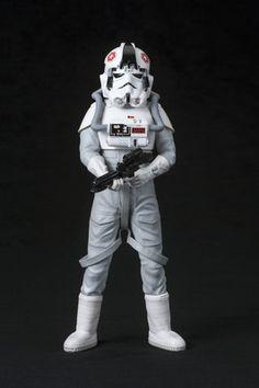 Crunchyroll - Star Wars AT-AT Driver ARTFX+ Statue