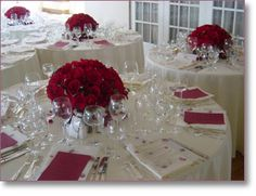 Table_centerpiece-large_red_roses.jpg 345×265 pixels... I want the bouquets to be this full!