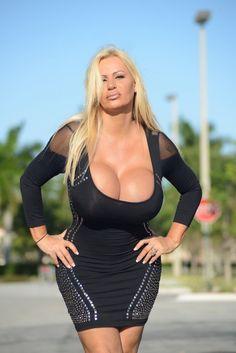 Lacey wildd big tits