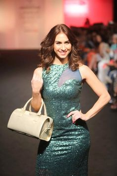 Lauren Gottlieb Sets Temperature Soaring with Grand Debut at LFW with Baggit http://actfaqs.com/Lauren-Gottlieb-Sets-Temperature-Soaring-with-Grand-Debut-at-LFW-with-Baggit