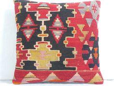 Vintage Handwoven Wool Turkish Kilim Pillow Cover Kilim Pillows Throw Cushion Sham pillow case Tribal Pillow Boho Home decor country pillow