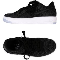 Nike Low-tops & Sneakers (1.752.950 IDR) ❤ liked on Polyvore featuring shoes, sneakers, black, low sneakers, black trainers, low top shoes, low top sneakers and black low top sneakers