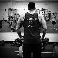 The mind of a perfectionist is always in pain #dedication #vulcanathletics #fitfam #motivation #gaintrain #naturalbodybuilding #nattymuscle #gym  #gymfreak #fitness #fitfreak #diet #shredz #fitfam #npc #physique #ifbb #aesthetics #isymfs  #beastmode #alpha  #flexfriday #aesthetic #bulk #gnc #swoldier #nodaysoff #militarymuscle #prosupps by natty_steve