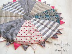 handmade * zakka | fabrickaz + idees. This gives me an idea for a Christmas tree skirt.