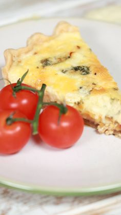 Cheese Board and Onion Quiche Can't face any more of your cheese board? Here's how to turn it into something extra special Onion Quiche Recipe, Quiche Recipes, Brunch Recipes, Appetizer Recipes, Onion Pie, Onion Tart, Appetizers, Quiches, Vegetarian Recipes