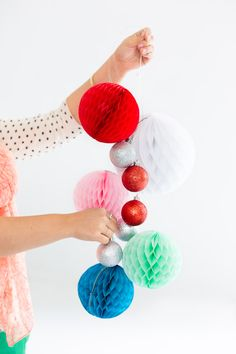 DIY Honeycomb Ornament Chandeliers for the Holidays Honeycomb Decorations, Paper Decorations, Christmas Decorations, All Things Christmas, Christmas Fun, Holiday Fun, Xmas, Diy Wedding Projects, Diy Projects