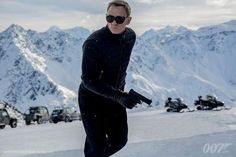 James Bond Dumps His Walther for a H&K VP9