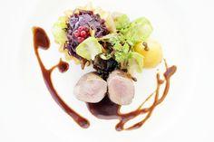 Amazing creation at Hôtel des Trois Couronnes Panna Cotta, Creations, Restaurant, Amazing, Ethnic Recipes, Food, Kitchens, Restaurants, Meals