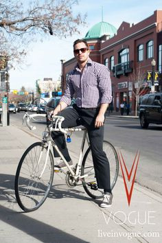 The latest photos from Monday April 23rd in #yyc. Watch for our #VogueCalgary style photographer today!