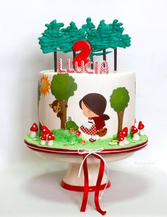 Bolo Picnic, Little Girl Cakes, Red Riding Hood Party, Food Art For Kids, Baby Birthday Cakes, Fairy Cakes, Flower Cookies, Cake Decorating Tips, Cute Cakes