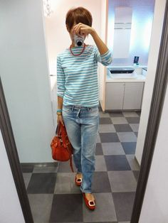 気持ちだけパリジェンヌになったフレンチカジュアル。 パリジェンヌってなんであんなにさりげなくオシャレできるんでしょうね。 憧れる。 Tops/ORCIVAL Bottoms/MACPEE Bag/HASHIBAMI Shoes/none It is a casual French today.