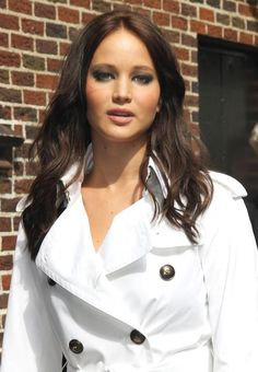 Love Jennifer Lawrence and the dark hair!!! Her you tube funny interviews are hilarious!!