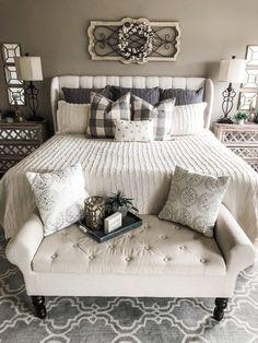 Master bedrooms decor - Cozy master bedroom - Home decor bedroom - Remodel bedroom - Farmhouse - Best Pins Farmhouse Master Bedroom, Master Bedroom Design, Home Decor Bedroom, Bedroom Designs, Modern Bedroom, Fancy Bedroom, Diy Bedroom, Dream Bedroom, Decorating A Bedroom