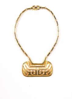 Gold Toned Chain Link Oversized Cut Out Pendant Necklace