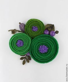 Fabric Brooch, Felt Brooch, Felt Fabric, Brooches Handmade, Handmade Felt, Handmade Flowers, Felt Roses, Felt Flowers, Fabric Flowers