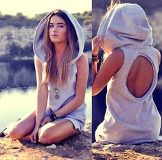 Hoodie dress / StaffByMaff