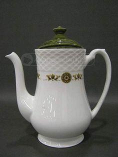 shopgoodwill.com - #23986413 - Enoch Wedgwood LTD Gold Medallion Teapot w/ Lid - 9/8/2015 7:30:00 PM