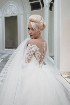 Дом Mooshki свадебное платье с юбка-карандаш и съемный ж | подробнее на: http://burnettsboards.com/2014/04/house-mooshki/