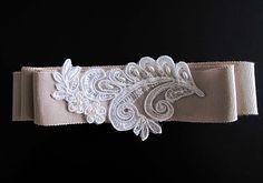 lace detail shash