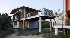 Magnifique maison contemporaine de plage discrètement intégrée au paysage, House of Shifting Sands par Ruhl Walker Architects - Wellfleet, Usa #construiretendance