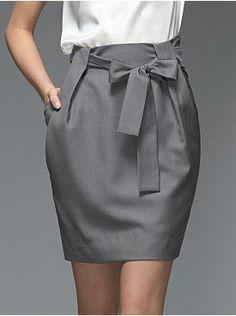 Paper Bag Skirt Tutorial - My Handmade Space - Diy Clothes Mode Outfits, Skirt Outfits, Dress Skirt, Fashion Outfits, Fashion Clothes, Skirt Midi, Skirt Belt, Waist Skirt, Fashion Ideas