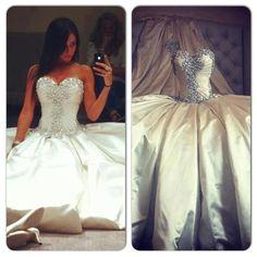 In ❤ with this Pnina Tornai dress! #wedding #weddingdress