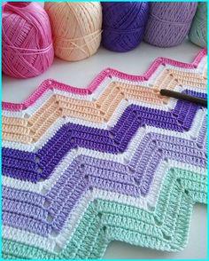 Chevron Crochet Blanket Pattern, Crochet Ripple Afghan, Chevron Blanket, Granny Square Crochet Pattern, Crochet Stitches Patterns, Baby Blanket Crochet, Baby Afghans, Chevron Baby Blankets, Crochet Mandala
