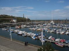 How about sitting on your private balcony, watching the boats and the tranquil sea lapping by the harbour. You can at our fabulous, luxury apartment in Whitehaven.