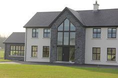 Are you looking for stonemasons in Magherafelt? Deerpark Stone is here for you. We supply and fit natural stone cladding at attractive prices. Stone Cladding Exterior, Natural Stone Cladding, House Cladding, Stone Exterior Houses, House Extension Design, House Front Design, Bungalow Exterior, Dream House Exterior, Home Building Design