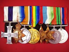 SCARCE ORIGINAL  WWI BRITISH MILITARY CROSS GROUP OF EIGHT *  AWARDED FOR THE HIGHEST ACTS OF GALLANTRY