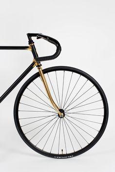 Heritage Paris | H-007 Goldfinger | Custom fixed-gear bicycle