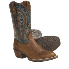 For truly unique western style, slip into Ariats Ricochet cowboy boots, boasting eye-catching details like a contrast shaft with colorful ten-row stitching, cutout accents and tan pull loops that are also adorned with handsome stitching and cutouts.