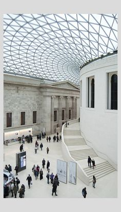 British Museum, London by Norman Foster and Partner Norman Foster, Modern Buildings, Beautiful Buildings, Beautiful Places, Museum Architecture, Interior Architecture, Interior Sliding French Doors, Garage Guest House, Famous Architects
