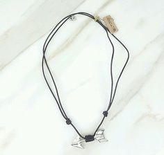 AUTHENTIC-UNO-de-50-Silver-Tone-Arrow-Charm-Brown-Leather-Necklace-BNWT