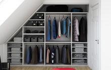 Closet space Walk In Wardrobe, Bedroom Wardrobe, Walk In Closet, Loft Room, Bedroom Loft, Loft Storage, Tumblr Rooms, Attic Design, Modern Shower