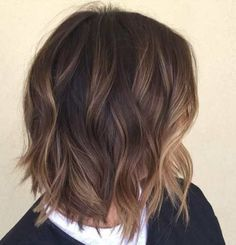 Choppy-Balayage-Bob-for-Short-Hair Balayage Hair Color Ideas 2019 – Blonde, Br. - - Choppy-Balayage-Bob-for-Short-Hair Balayage Hair Color Ideas 2019 – Blonde, Brown, Caramel, Red How to Use Dry Shampoo Dry Shampoo Tips DIY Tutorial B. Medium Hair Styles, Short Hair Styles, Hair Color Balayage, Balayage Highlights, Short Balayage, Brown Balayage Bob, Color Highlights, Balyage Bob, Brown Bob With Highlights
