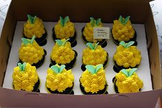 Pineapple shaped cake | simply amazing cakes in 2018 ...